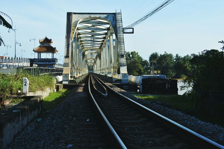 Bridge Train In