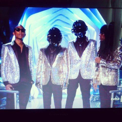 VMA  Daft Punk like a Boss.