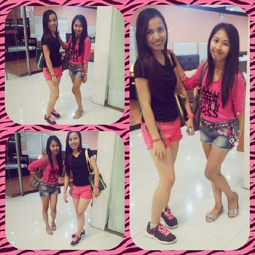 With my gala/shopping buddy @marialuizarivera 😍💋💚♡👍👌 BondingWithCousin