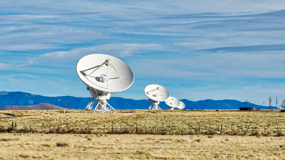 E.T. Phone home..... EyeEm Nature Lover EyeEm Gallery EyeEmNewHere NASA Very Large Array Radio Telescope Very Large Array, New Mexico Antenna Antenna - Aerial Day Disc Eye4photography  No People Outdoors Sky Space And Astronomy Space Exploration Very Large Array
