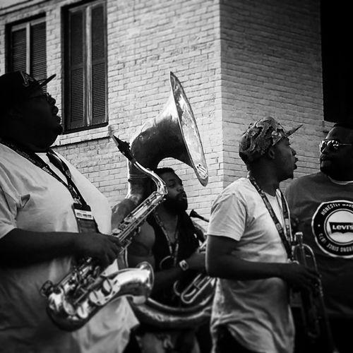 Louisiana Style Cajun City Life Funky Jazz Band La Fête Lifestyle Outdoors Playing Soul