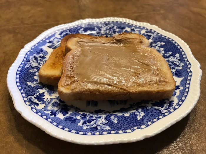 Toast with peanut butter Food And Drink Food Indoors  Plate Freshness Still Life Table No People Ready-to-eat Close-up Sweet Food Day