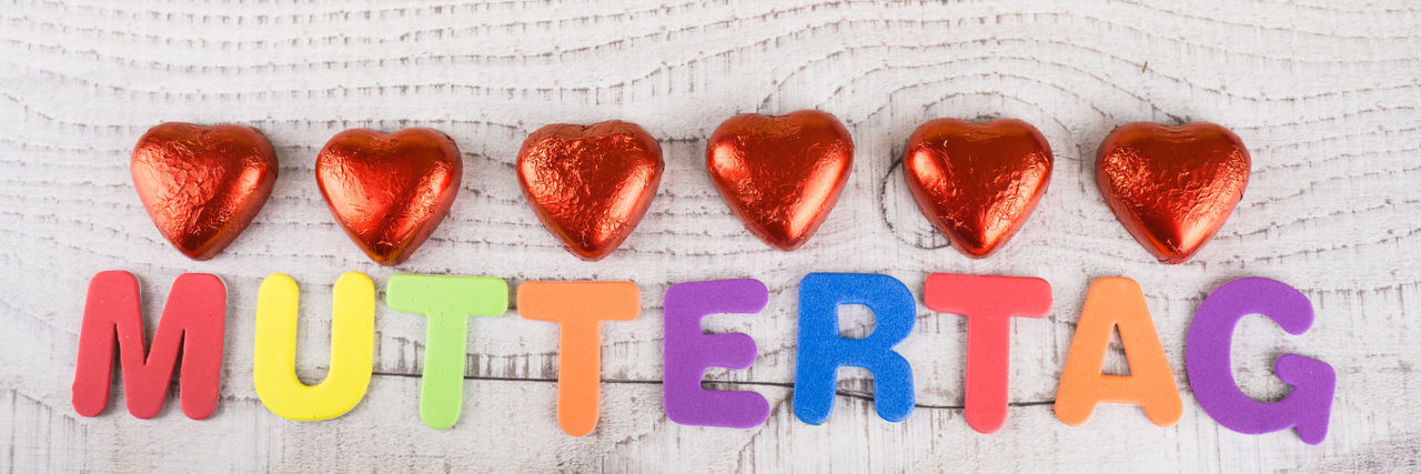 Alphabet Banner Close-up Communication Day Hearts In A Row Indoors  Love Mothersday Mother´s Day Multi Colored Muttertag No People Red Text Thank You Thanksgiving