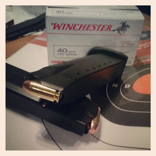 Goin to the range in a bit if anyone wants to join me.. Guns Shooting SmithAndWesson Mp40 40Cal Agunisalwaysloaded