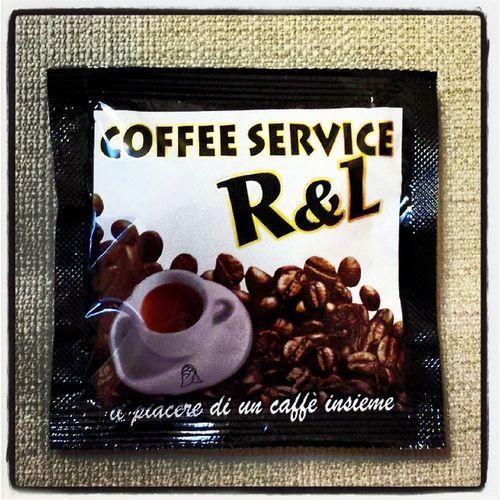 Caffè in Cialda Nero by Coffeeservicerl miscela dolce ma persistente.