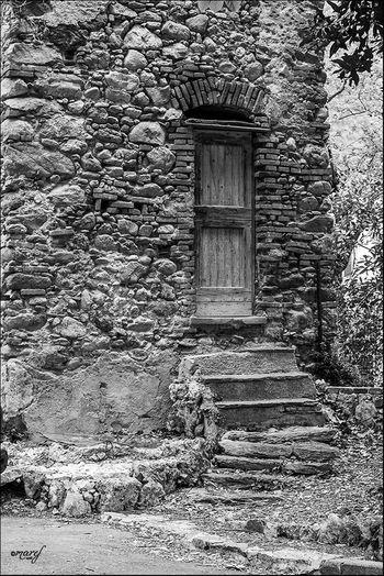 Ruins Monochrome Blackandwhite Photography Black & White Black And White Toirano Liguria Blackandwhite Ancient Ancient Ruins Ancient Architecture Architecture_bw Streetphotography Streetphotography_bw