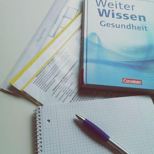 Learning for exams (Psychologie + Gesundheitswesen ) Abi  Psychology Health Learning