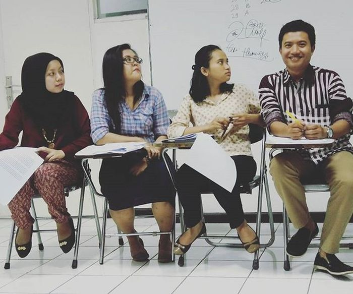 Presentation class UBK University Of Bung Karno