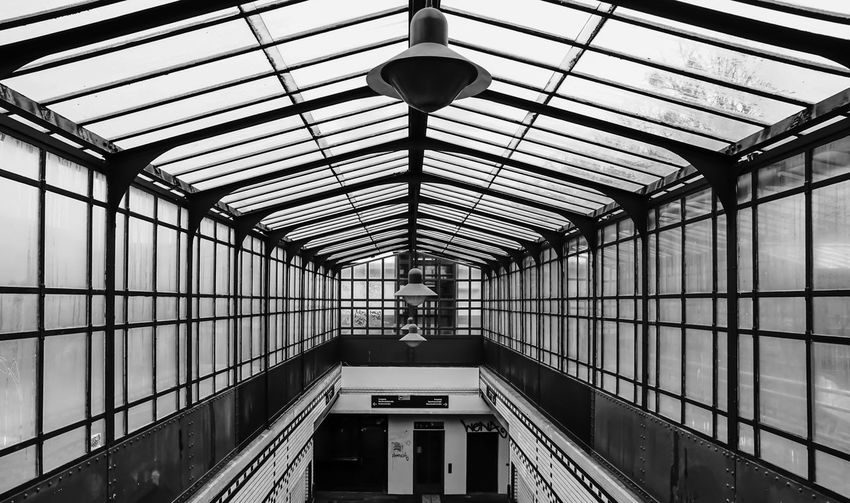 glass .... Architectural Feature Architecture Architecture_bw B&w Berlin Best Of Stairways Black And White Building Built Structure Ceiling Diminishing Perspective Directly Below Empty Fenster Glasdach Glass Low Angle View No People Roof S-bahnhof Sbahnhof Showcase April Symmetry The Way Forward Treppenhaus