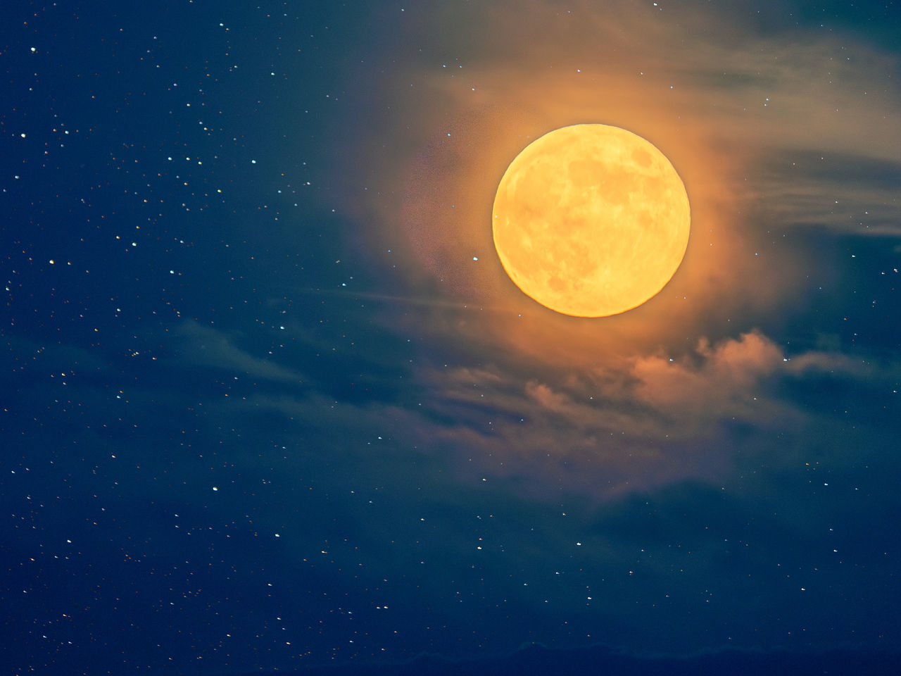 SCENIC VIEW OF FULL MOON IN SKY