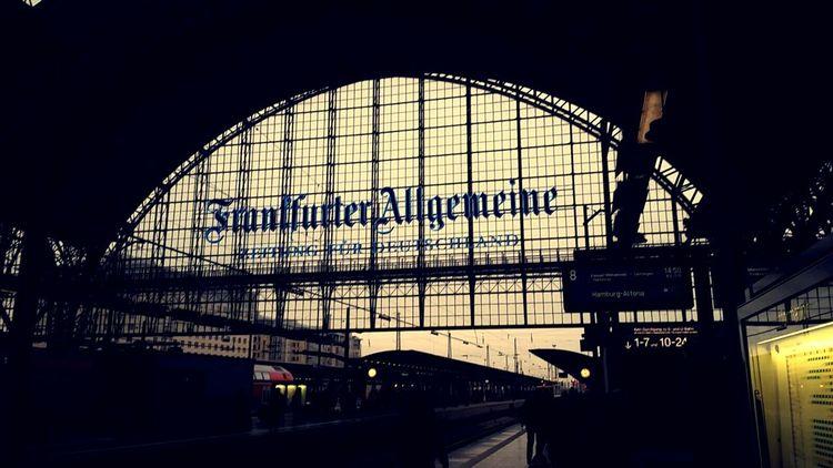 EyeEm Best Shots Discover Your City Traveling Travel Photography Journeyphotography Deutsche Bahn Frankfurt Am Main Frankfurt Hauptbahnhof Frankfurter Allgemeine Train Station Waiting For A Train