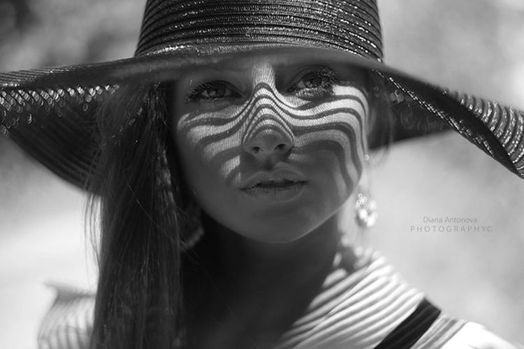 Blackandwhite Girl Beauty Beautiful Russia Fashion Face Shadow