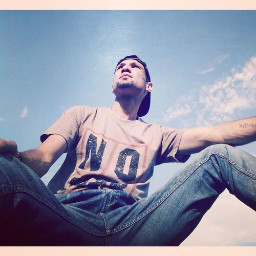 One Man Only Fashion Low Angle View Portrait Outdoors Sky Selfportrait Pic Of The Day Hello World People Of EyeEm Swag Fashion Naturelovers Nature Photography