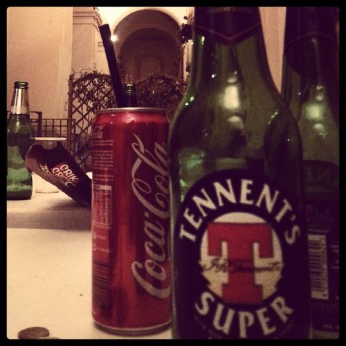 Prima serata... *modalità ubriacamento: attivato✔* ... Goweekend Saturday Friends Drink friends risate lcompagniagiusta grandeserata