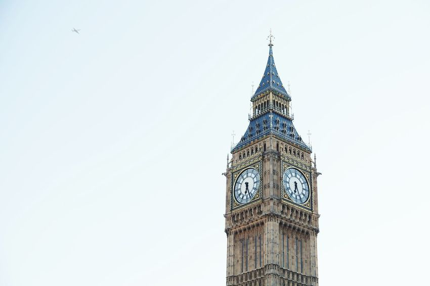 EyeEm Selects Building Exterior England Europe City Life Travel Destinations Landmark London Tourism Outdoors No People Parliament Building Built Structure Big Ben Historic Politics And Government Architecture Gothic Style Clock Tower Government City Sky Day View Building