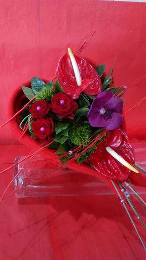 Fabilaurefleuristechateauarnoux Red Roses Love Stage Formagreen Roses Et Cadre Stabilisées Eternelle Anthurium St Valentine's Love ♥ Stage Chateau-arnoux