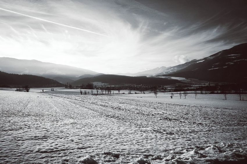 Landscape Mountain Beauty In Nature Nature Sky Outdoors Snow Agriculture Silhouette Cloud - Sky Scenics Country Living Dolomites South Tyrol Südtirol Miles Away Season  Weather Winter Mountain Range Nature Snow Covered