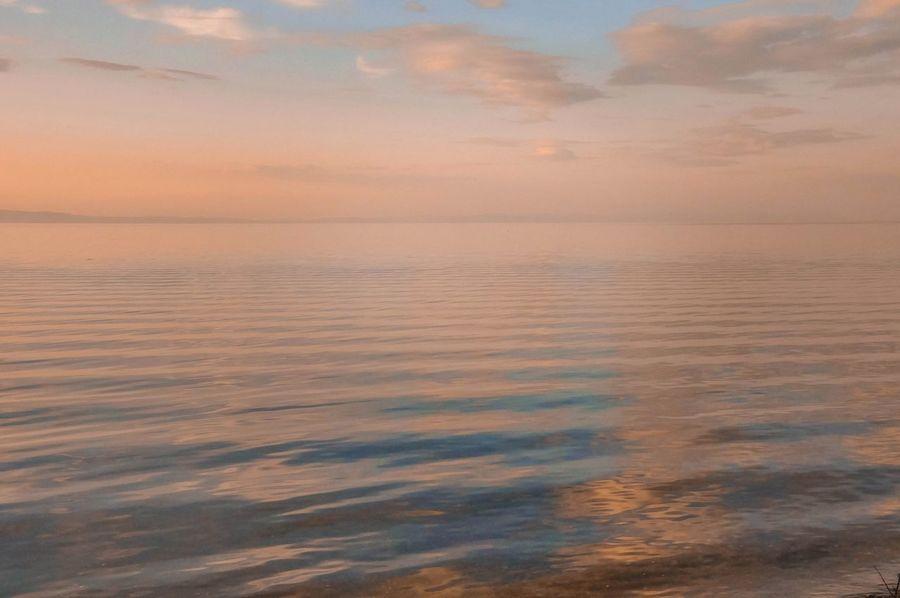 Закат закат у моря закатнадморем Байкал Море зефирные облака Sunset Sea пурпурный