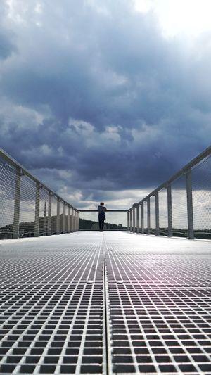 Sky One Person Built Structure Walk Spring Enci Limburg Nederland Limburg Maastricht Holland Maastricht Clouds Djvg