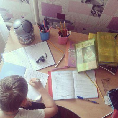 Делаем с мелким уроки уроки Школа Мелкий  я осеньвеселоалгебра история