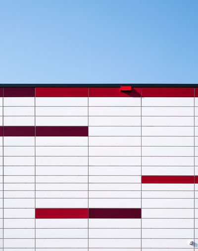 Redwhiteblue Abstract Photography Architecture Architecture_collection Pattern, Texture, Shape And Form Architectural Feature Architecturelovers Berlinmalism Copy Space Day Fujixe3 Fujixseries Minimalism Minimalistic Minimalobsession No People Ralfpollack_fotografie