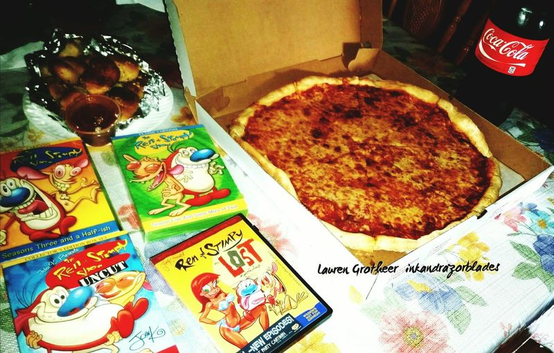 Because who doesnt like Ren and Stimpy and pizza with garlic knots RenAndStimpy Nicktoons Adultcartoons Pizza Time Foodporn Delicious ♡ Italian American Goodeats