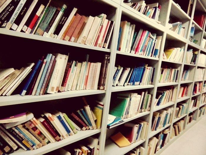 Eüiibf Library Book small