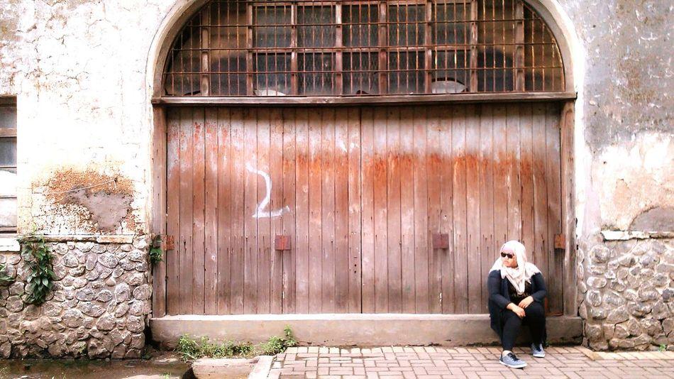 Sendiri bukan berarti kesepian Explore Semarang Hunfot photo by Putri Farida