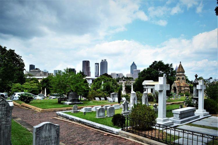 Cityscape EASTATLANTA Georgia Oakland Cemetery, Atlanta Georgia Skyline Atlanta Grantpark Mosoleum