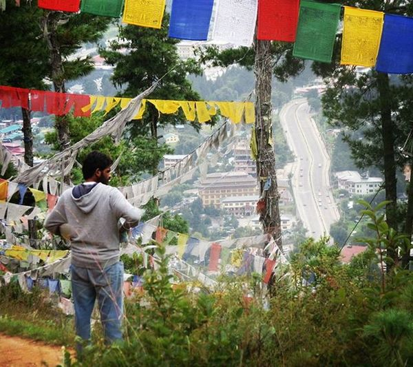 Happy Sunday ! Where is the Road taking you today? Bhutan Bhutandiaries Moto PrayerFlags UpinTheSky Roadtripin Roadtrip Throttletherapy