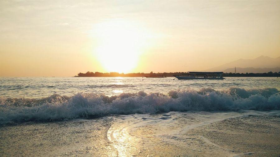 Creative Light And Shadow Lombok Sunrise Nature Boats Landscape Waves Travel Hello World Summer Views
