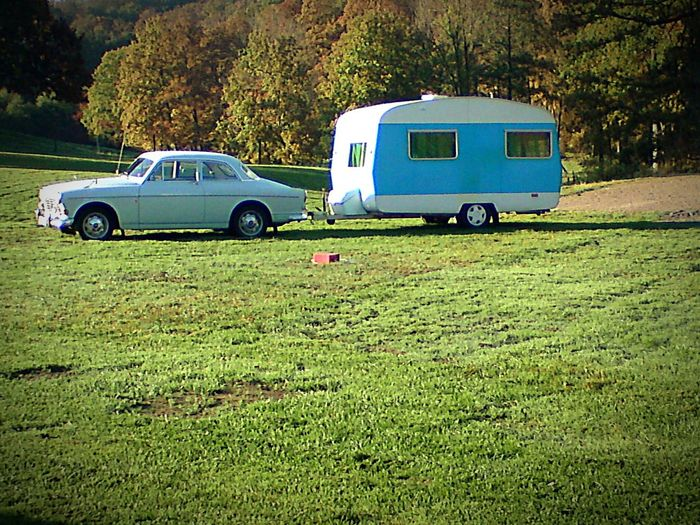 Amazing Trailer Amazon Old Car Old-fashioned Vintage Vintage Cars Oldstyle Greenpastures Showoff  Itwasbetterbefore. Weekendgetaway Holliday Hollidayweekend Check This Out Enjoying Life Check This Out Cars Oldcar OldCarModels LoveLife❤️