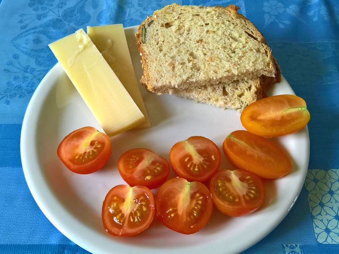 Bread Cheese Close-up Day Food Food And Drink Freshness Healthy Eating Indoors  No People Plate Ready-to-eat Serving Size SLICE Table Tomatoes