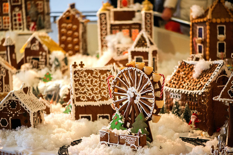Amazing View Beautiful Celebration City Cityscape Creativity Ferris Wheel New Beginnings Building Exterior Christmas Decoration Christmas Decorations Christmas Holidays Christmas Tree Close-up Concept Day Decorative Festive Focus On Foreground Gingerbread Gingerbread Cookie Gingerbread House Inspiration No People Outdoors EyeEm Ready   AI Now Food Stories