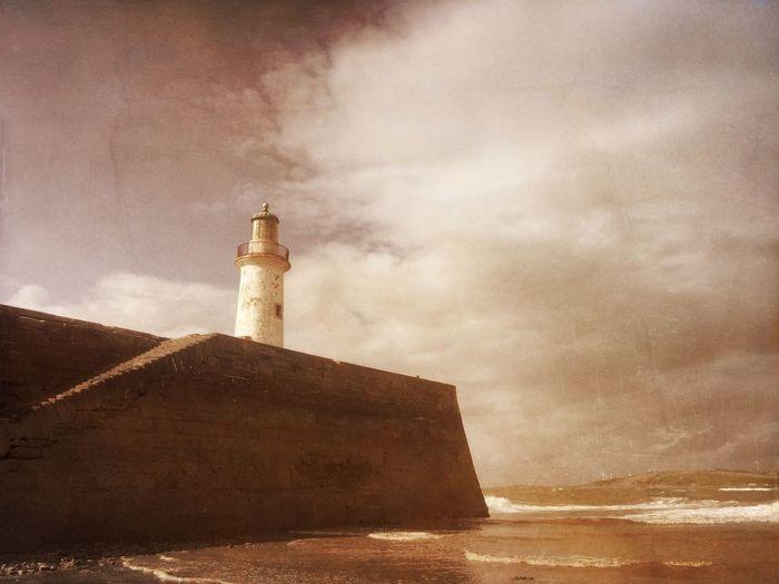 Whitehaven, Sky