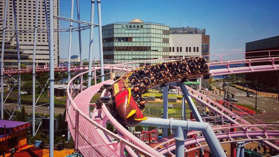 Ferris wheel in city