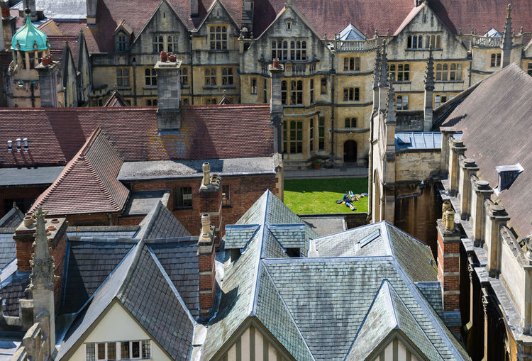 Buildings in university of oxford