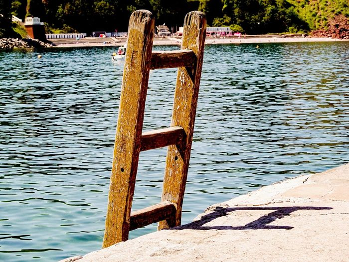 The ladder. Water No People Day Rippled Outdoors Lake Rusty Nature Tree Ladder Ladder To Nowhere Stairs Scenics Beauty In Nature EyeEm The Best Shots Vacations EyeEm Gallery EyeEm Best Shots EyeEmNewHere First Eyeem Photo EyeEmBestPics EyeEm Selects Tranquil Scene Nature Beach Sommergefühle