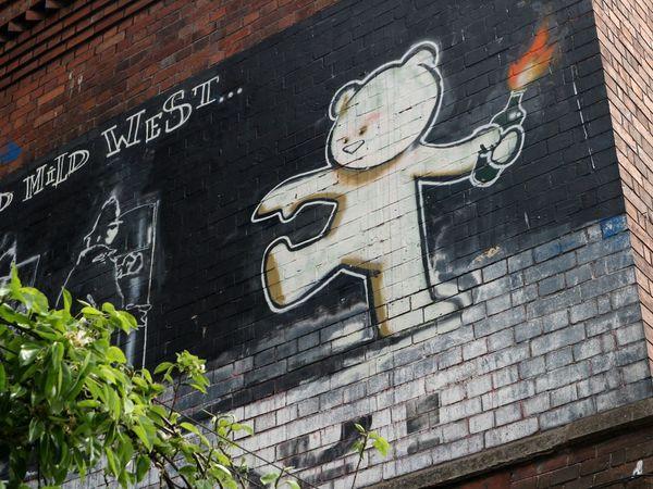 Art Is Everywhere Street Art Street Art/Graffiti Graffiti Street Artist Street Photography Banksy Banksyart City Bristol, England