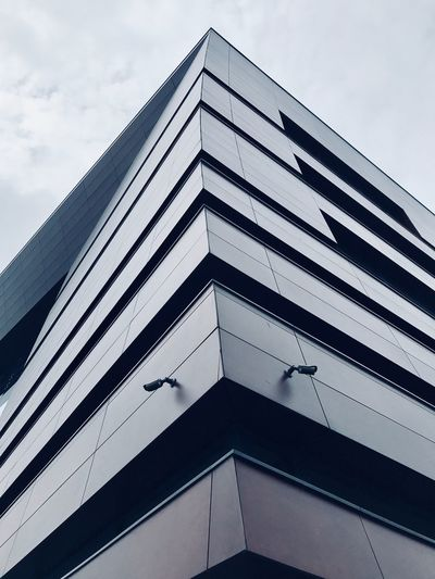 IPhone Iphoneonly IPhoneography Architecture Sky Built Structure Building Exterior Architecture Low Angle View Cloud - Sky Building No People City Modern Corner