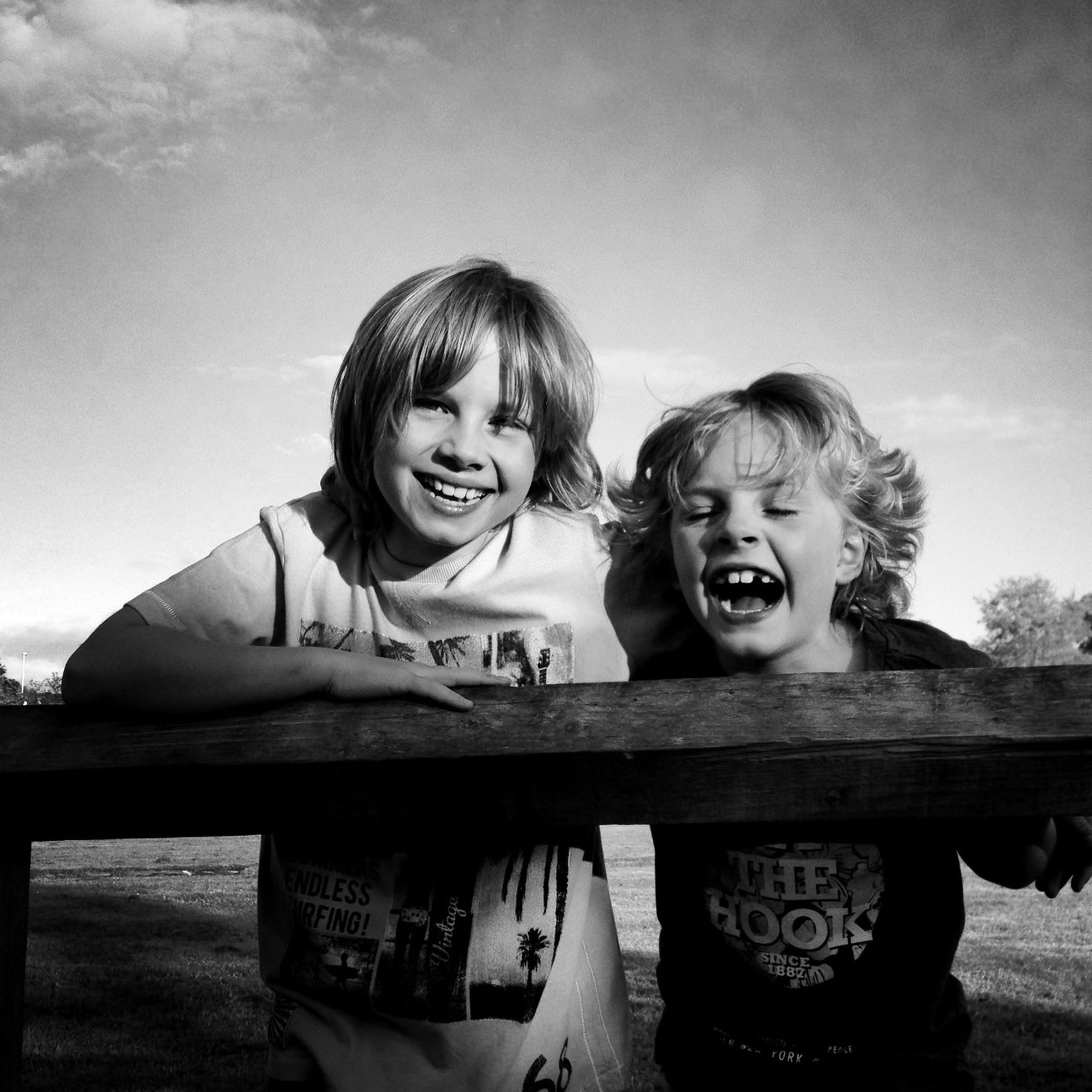 togetherness, lifestyles, bonding, leisure activity, person, love, friendship, smiling, casual clothing, happiness, portrait, family, looking at camera, childhood, brother, elementary age, young adult, boys