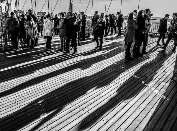 Shadows & Lights Shadows Brooklyn Bridge / New York Urbanphotography Street Photography Bridge Newyorkcity New York, New York New York New York City Brooklyn Bridge  New York ❤ Streetphotography New York City Photos Black & White Black And White Collection  Black And White Photography Black And White People Black & White Photography Blackandwhite Photography The City Light The Traveler - 2018 EyeEm Awards The Street Photographer - 2018 EyeEm Awards
