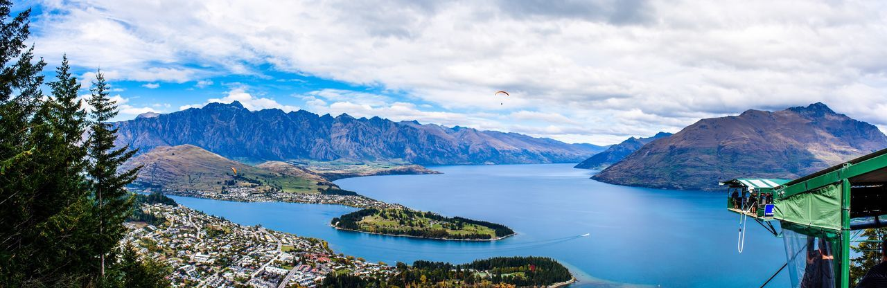 The Great Outdoors - 2016 EyeEm Awards Bungy Bungyjumping New Zealand Scenery New Zealand Lake View Mountains Travel Photography Hang Gliding Tourism New Zealand Extreme Adventures Kawarau Bridge Kawarau River Kawarau River Bridge Skyline Gondola Queenstown Nz Adventure Club