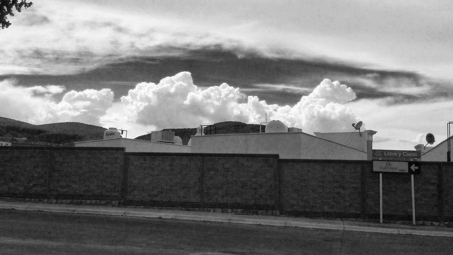 Taking Photos Sky Beautiful Sky On The Road Blackandwhite Black&white Sensaciones Blanco Y Negro Monochromatic Streetphoto_bw