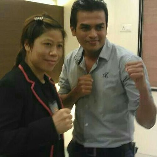 Master Tukaram with the great idol of India Mcmarykom Proud Indian Jai_hind