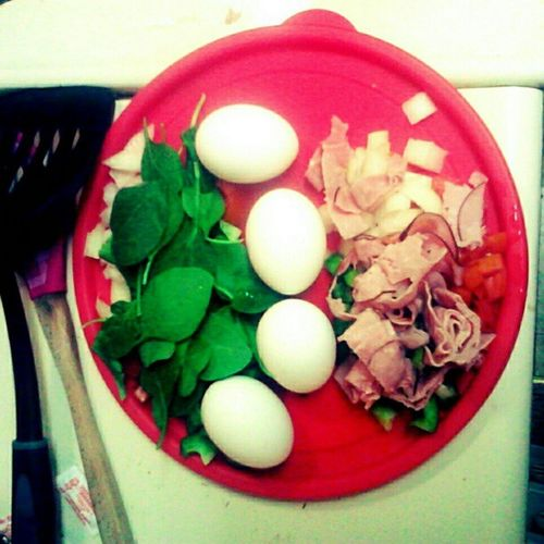 #prepping tomorrow's #omelete #breakfaat for Sean and I. He's having a #ham and #veggie omelet and I'm having a #vegetable omelet. #foodprep #eggs #eggporn #bellpepper #onion #spinach #tomato Ham Spinach Yummy Foodstagram Prepping Bellpepper Tomato Fitspo Eggs Healthyfood Healthy Eatclean Fitness Lowfat Diet Omelete Weightloss Lowcalorie Dieting Eatright Onion Foodprep Veggie Lowcal Breakfaat Nylonsnack Lowcarb Eggporn Vegetable