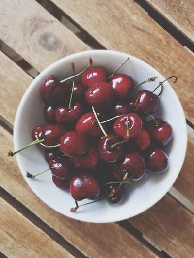 Cherry bowl isolated on wooden background Cherry Cherry Berry Bowl Plate Isolated Top View Delicious Summer Food Mobilephotography Huaweip20pro Healthy Eating Healthy Food Fruit Red Plate Dessert Table High Angle View Wood - Material Close-up Sweet Food Red Currant