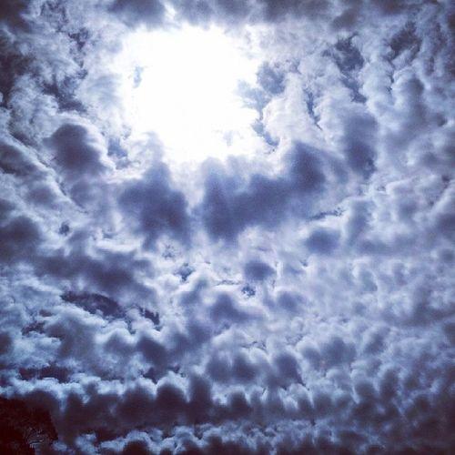 Scattered Clouds @ Lake Grogery nuwaraeliya