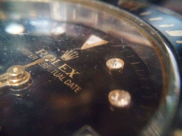 Time Close-up No People Indoors  Night Clock Minute Hand Clock Face Hour Timeless Full Frame Looking At Camera Nature Freshness Outdoors Rolex Watch Rolexwatches Rolex Leaf Relog Fragility Currency Portrait Finance Mammal