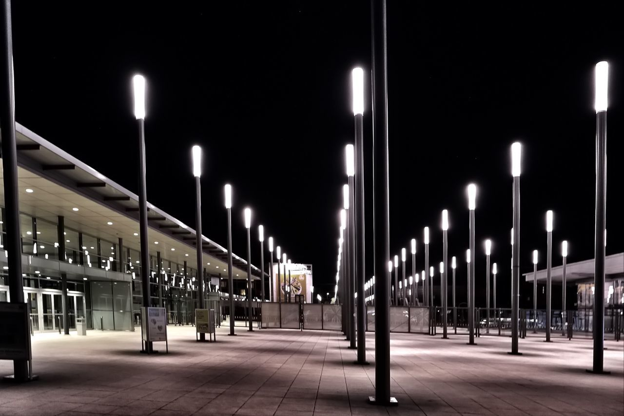 illuminated, night, in a row, lighting equipment, street light, built structure, no people, architectural column, architecture, outdoors, sky